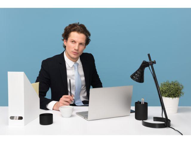 優秀な営業マン必見/売上アップにつながる営業ツールの作り方